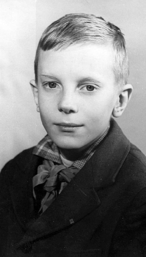 виктор салтыков в молодости фото